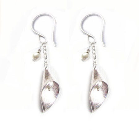 Flower Sterling Silver Calla Lily Earrings Pearl Bead Dangle Jewelry