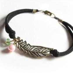 Open Leaf Wire Wrapped Bracelet Black Leather Suede Bronze Leave Jewelry with Pearl and Bead charms